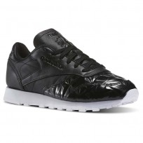 Reebok Classic Leather Shoes Womens Black/White (278THZMF)