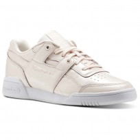 Reebok Workout Lo Shoes Womens Pale Pink/White (602ILJDF)