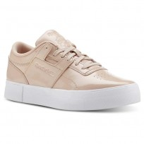 Reebok Workout Lo Shoes Womens Shny Suede-Bare Beige/White (631OWBNS)