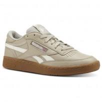 Reebok Revenge Plus Shoes Mens Trc-Parchment/Chalk/Gum (879NRXHL)