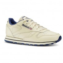 Reebok Classic Leather Shoes Womens Ecru/Navy (914ORMKT)